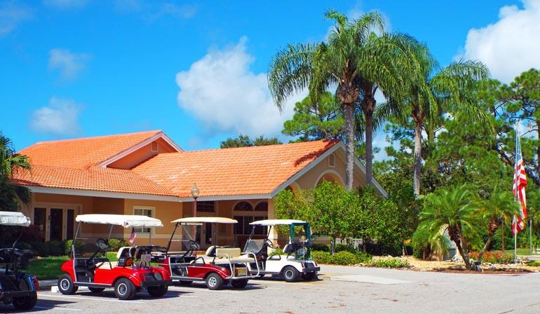 Oyster Creek Golf and Country Club - Community Features